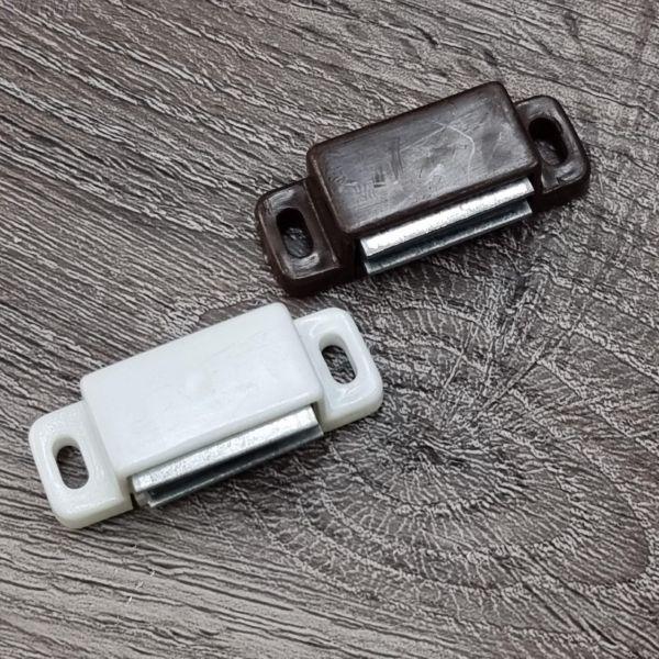 Sälekaihtimen alamagneetit - Tarkoitettu parvekkeen oveen tai tuuletusikkunaan estämään kaihtimen heilumista ja kilkatusta
