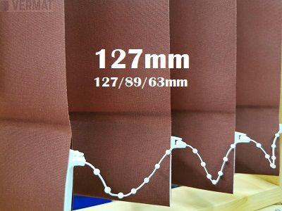 Pystylamellikaihdin 127mm peittävällä yksivärisellä kankaalla - Pystylamellikaihtimet halvalla vermat.fi verkkokaupasta omalla mitalla